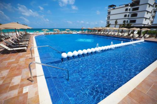 Grand Residences Riviera Cancun Photo