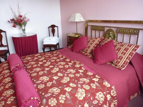 Hosteria Residencia Linares Photo