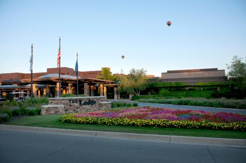 Grand Geneva Resort and Spa Photo