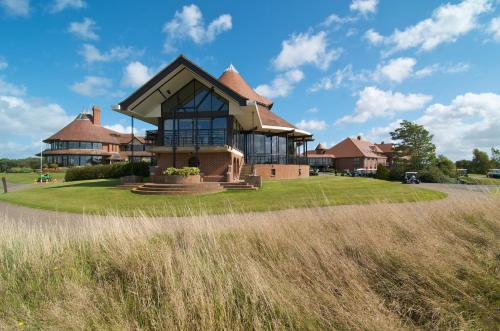 East Sussex National Hotel, Golf Resort & Spa in Uckfield from £69