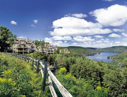 Cap Tremblant Mountain Resort Photo