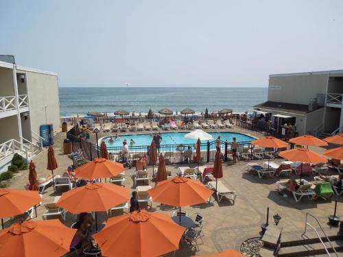 Royal Atlantic Beach Resort Photo