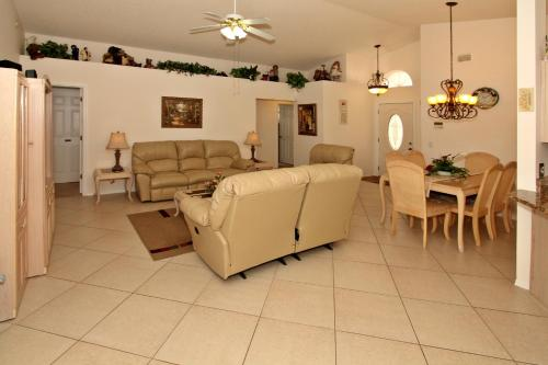 Flexible Pay Vacation Homes Photo