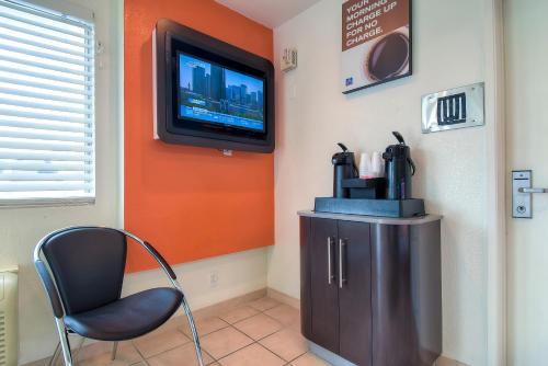 Motel 6 Los Angeles - Whittier - Whittier, CA 90606