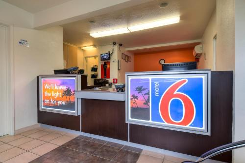 Motel 6 Los Angeles - Whittier Photo