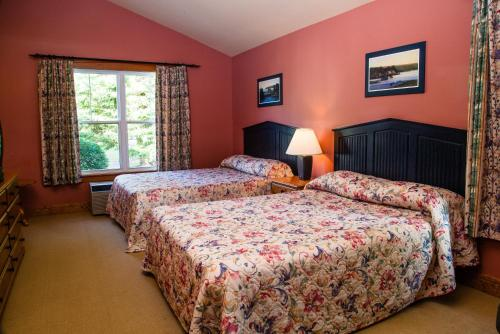 Rodd Brudenell Executive Cottages Photo
