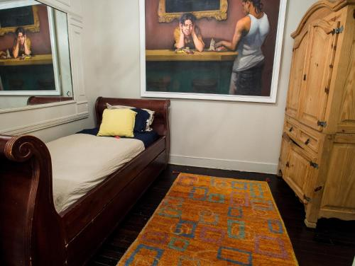 Two Bedroom Brooklyn Brownstone In Brooklyn Ny Free Internet Pets Allowed Non Smoking