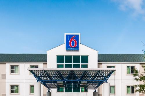 Motel 6 Chicago Joliet - I-55 Photo
