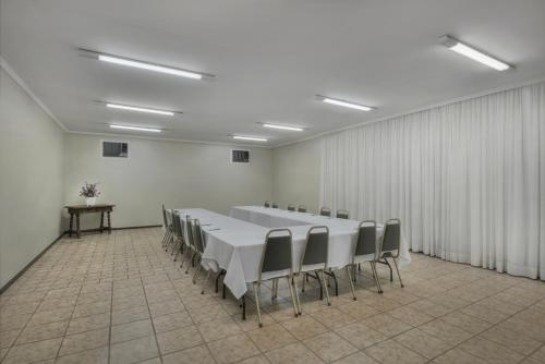 Hotel Deville Express Guaira Photo