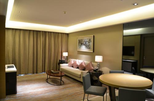 Howard Johnson Jinghope Serviced Residence Suzhou photo 13