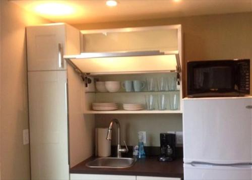 Woodrow House Unit B by TurnKey Vacation Rentals Photo