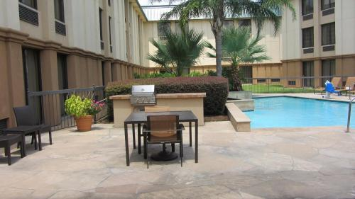 Courtyard Houston/Brookhollow photo 24