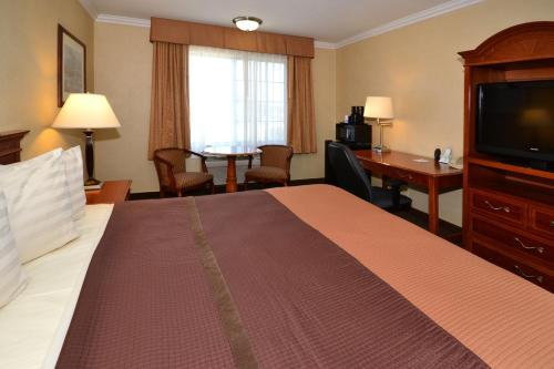 Best Western Airpark Hotel - LAX Photo