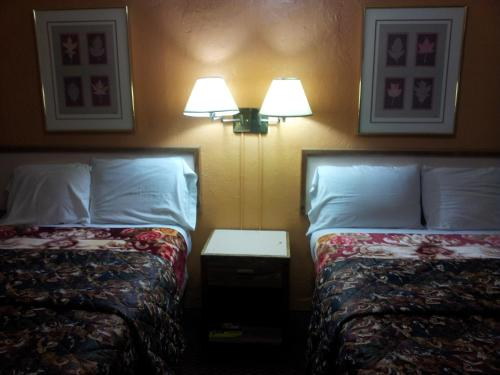 Economy Inn Tucson Photo