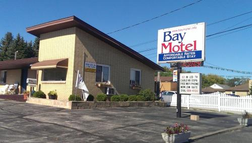 Bay Motel Photo