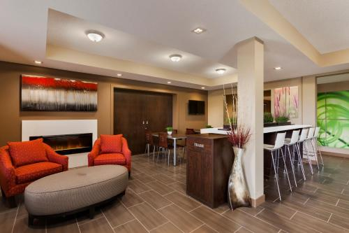 Microtel Inn & Suites by Wyndham Lloydminster Photo