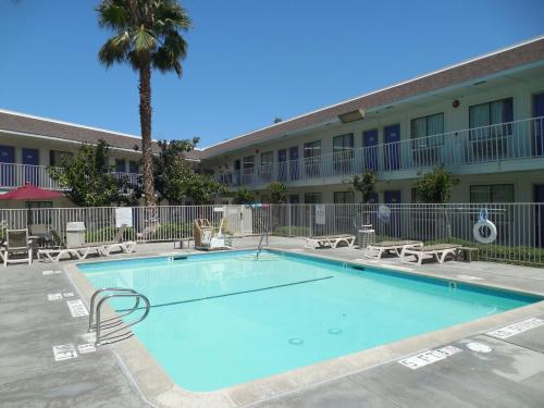 Motel 6 Temecula - Historic Old Town Photo