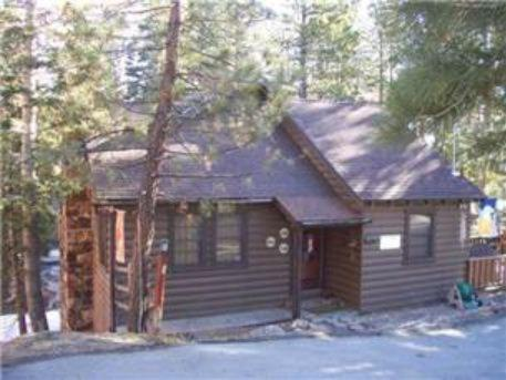 Boulder Beauty by Big Bear Cool Cabins - Big Bear Lake, CA 92315