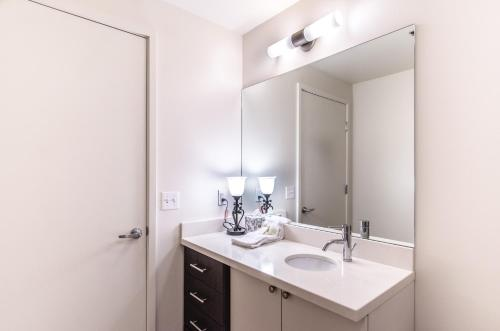 Seattle Studio Apartment Photo