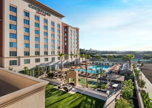 Courtyard by Marriott Irvine Spectrum Photo