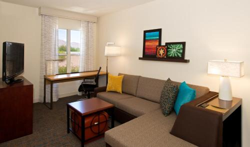 Residence Inn Phoenix Airport photo 17
