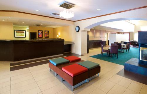 Residence Inn Phoenix Airport photo 19