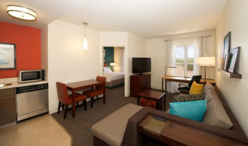 Residence Inn Phoenix Airport photo 26