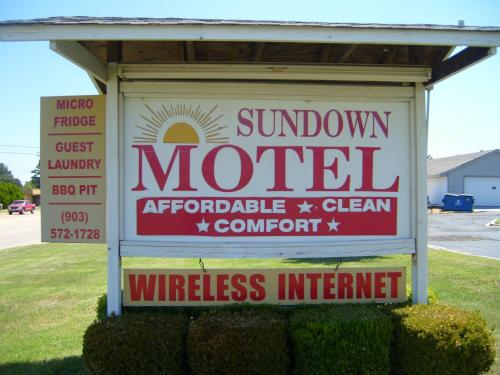Sundown Motel Photo