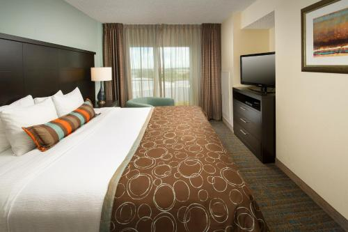Staybridge Suites Miami Doral Area Photo