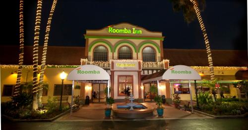 Roomba Inn & Suites at Old Town Photo