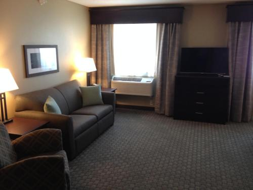 GrandStay Hotel & Suites - Glenwood Photo