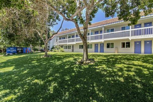 Motel 6 Santa Barbara - Carpinteria South Photo