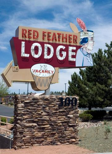 Red Feather Lodge/hotel