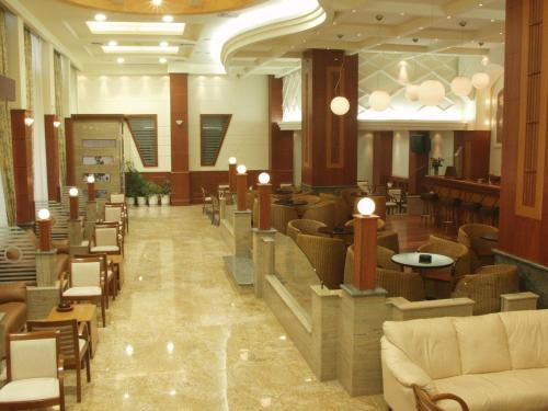 Elpida City Hotel - Merarxias 66 Greece