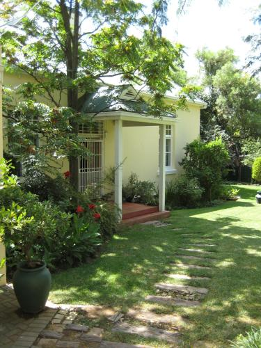 Alvaria Guest House Photo