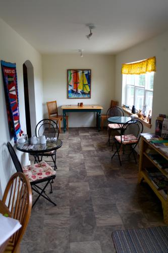 The Maven Gypsy Bed and Breakfast Photo