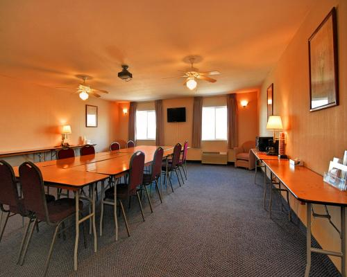 Americas Best Value Inn Westmorland Photo