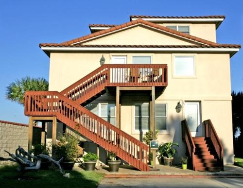 Golden Star Lower Level By Vacation Rental Pros