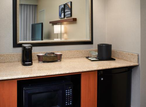 Courtyard by Marriott Lexington North Photo