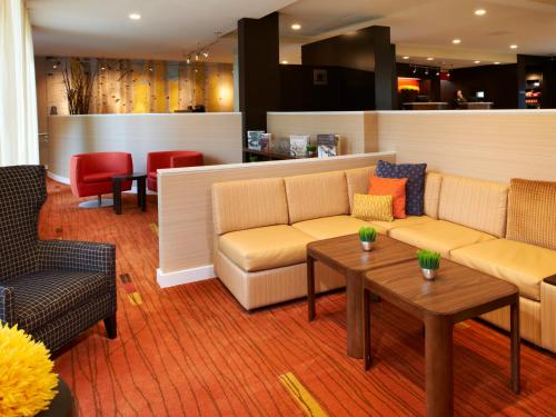 Courtyard by Marriott Minneapolis-St. Paul Airport Photo
