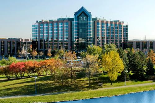 Hilton Suites Toronto-Markham Conference Centre & Spa Photo