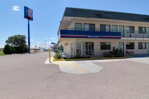 Motel 6 Grants Photo