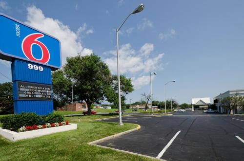Motel 6 Fort Detrick Photo