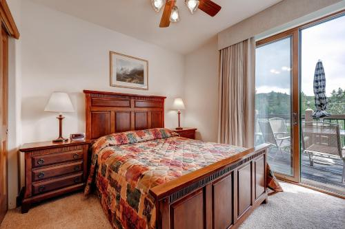 Two-Bedroom Highland Greens Lodge # 303 Photo