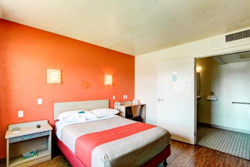 Motel 6 Denver Airport - Aurora, CO 80239