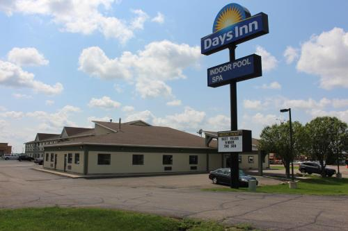 Days Inn Watertown Photo