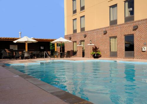 Hampton Inn & Suites Nashville-Vanderbilt-Elliston Place in Nashville