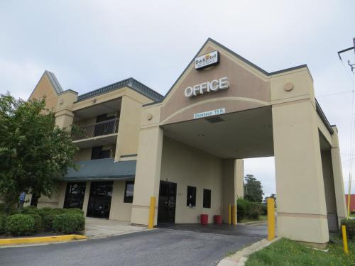 Budgetel Inn & Suites Macon