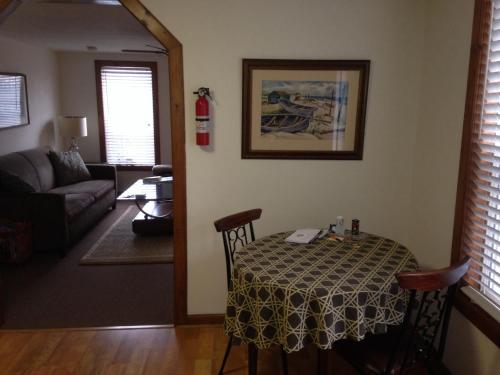Delaware City Guest House Photo