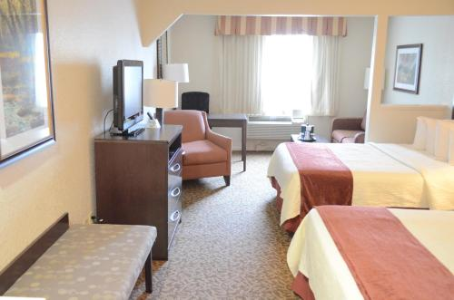 Best Western Plus Westchase Mini-Suites Photo